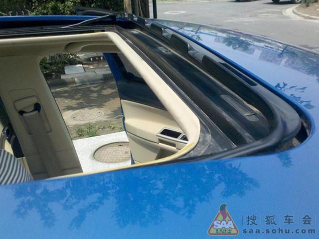 所以自己觉得给汽车的天窗排水管维修处理一下了!